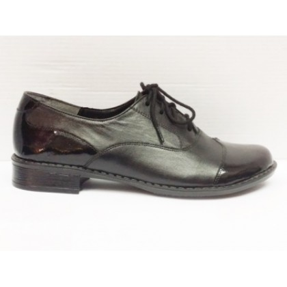 Pantofi dama  negri  din  piele naturala si piele lacuita,eleganti, (ILIS -17)