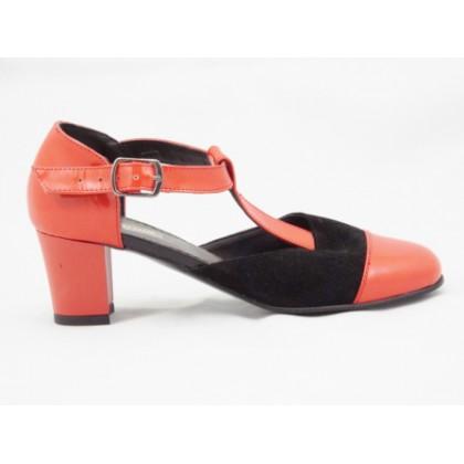 Pantofi dama rosii din piele naturala lacuita, decupati, cu insertie de piele intoarsa neagra si bareta eleganta, toc inalt de 5 cm, (PANTOROM SDD MAR 709-33)