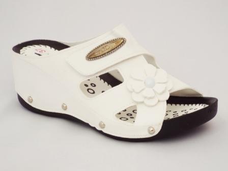 Papuci dama albi, cu talpa ortopedica