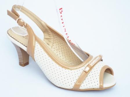 Sandale dama bej , toc de 7 cm, material perforat