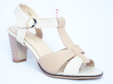 Sandale dama bej , toc de 7 cm.