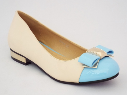 Pantofi femei Oygi bej cu toc mic