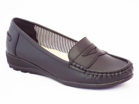 Pantofi femei negri Yna cu talpa joasa