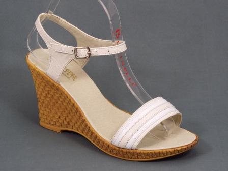 Sandale dama piele bej cu alb talpa ortopedica 8,5 cm Nechy