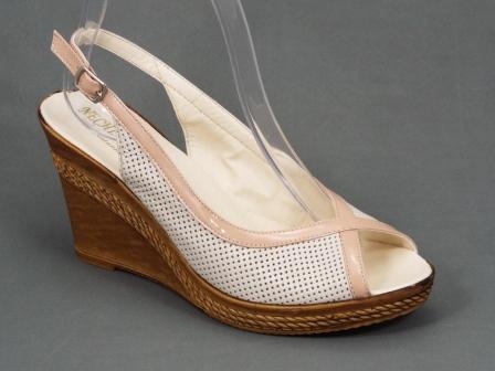Sandale dama piele bej ortopedice toc 8,5 cm Gytta