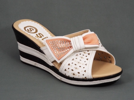 Papuci dama albi ortopedici toc 7 cm Rytta