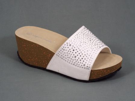 Papuci dama albi ortopedici toc 6 cm Ryanna
