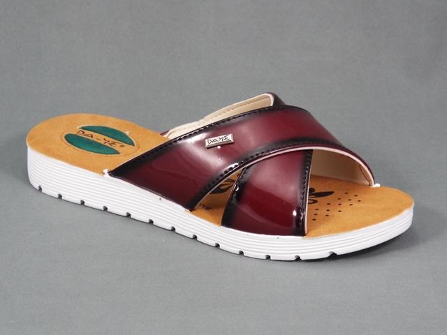 Papuci dama visinii toc 2,5 cm Bella