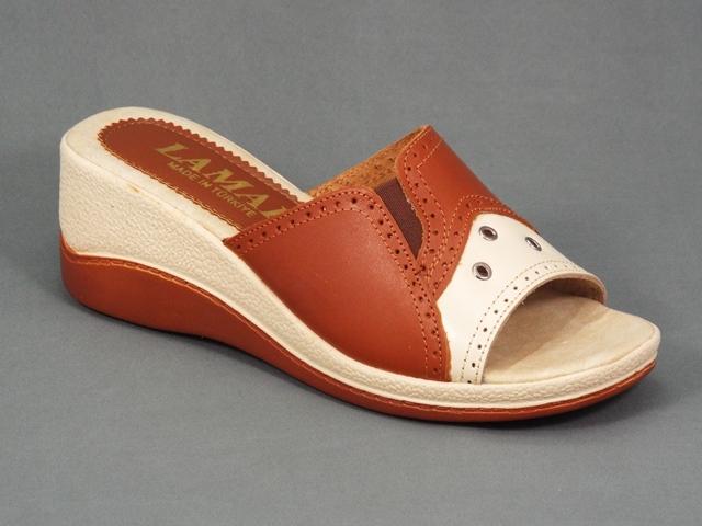 Papuci dama maro cu bej piele toc ortopedic 6 cm Arlette