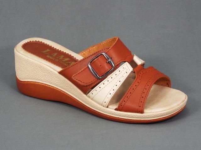 Papuci dama maro si bej piele ortopedici toc 6 cm Arlette