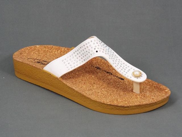 Papuci Dama Bej Monika