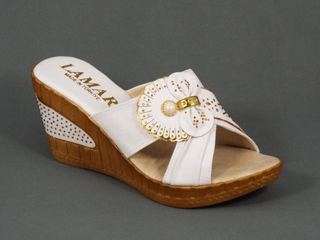 Papuci dama albi ortopedici toc 8 cm Maryna