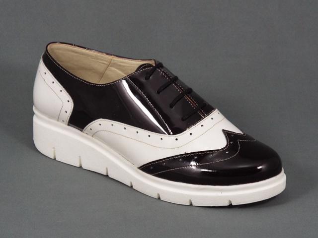 Pantofi dama piele albi cu negru lac Diana