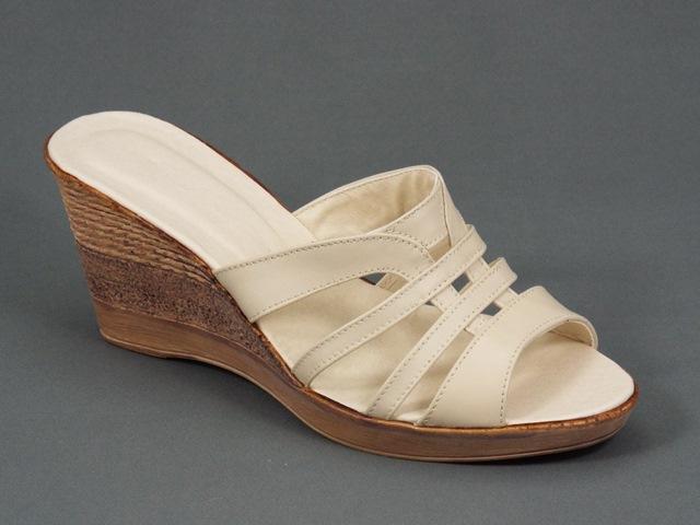 Papuci dama piele bej Serina