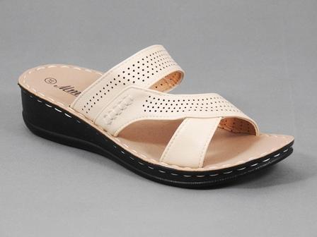 Papuci dama bej Teodora