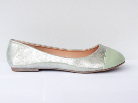 Balerini dama argintii cu varf verde
