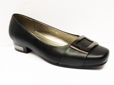 Pantofi dama negri eleganti cu toc de inaltime mica si accesoriu metalic