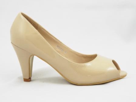 Pantofi dama bej , cu toc de 5 cm,eleganti, decupati in fata