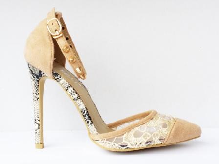Pantofi dama bej , cu toc de 8 cm,eleganti, material imitatie piele intoarsa, cu dantela