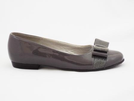 Pantofi dama gri CORY, din piele naturala premium lacuita.