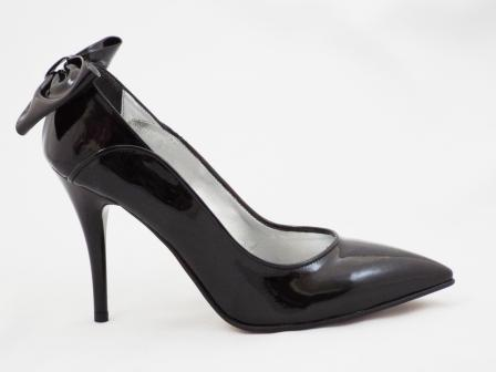 Pantofi dama negri, CORY, din piele naturala lacuita, model deosebit si toc inalt