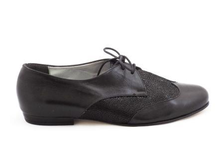 Pantofi dama negri CORY, din piele naturala premium, cu siret