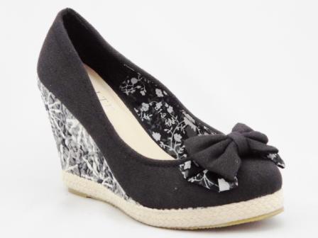 Pantofi dama negri , eleganti, cu talpa ortopedica si accesoriu tip fundita
