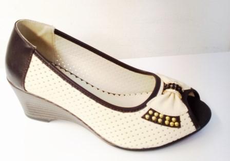Sandale dama albe cu bleumarin cu talpa ortopedica, material perforat si accesoriu tip fundita