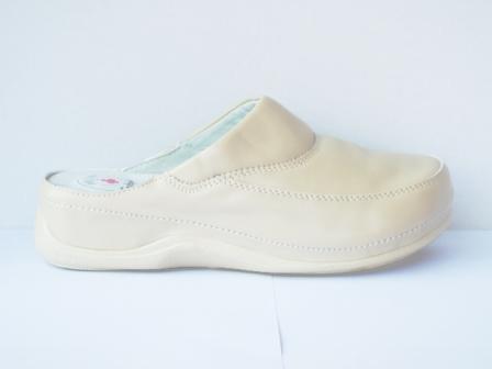Papuci dama bej, talpa ortopedica, interior din piele