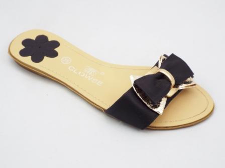 Papuci Dama Negri Cu Funda Si Accesoriu Auriu