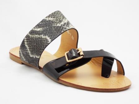 Papuci dama negri cu catarama tip croco