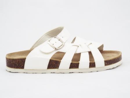 Papuci dama albi, lacuiti, interior din piele