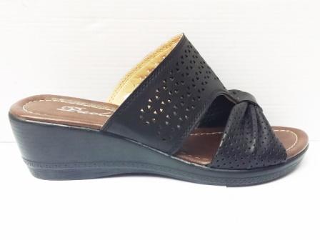 Papuci dama negri, perforati, cu talpa ortopedica