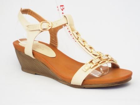 Sandale dama bej cu talpa ortopedica si accesoriu metalic auriu cu pietre tip swarovski