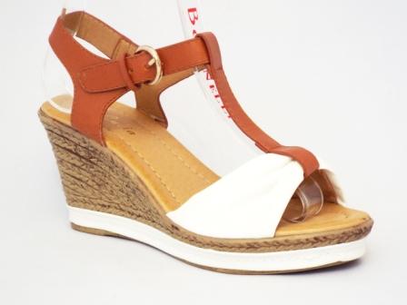 Sandale dama albe cu talpa ortopedica si insertii de bej