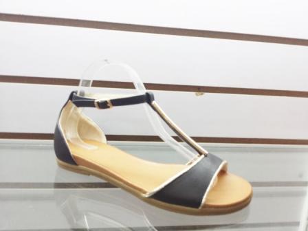 Sandale dama negre cu accesoriu auriu
