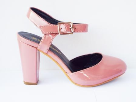 Sandale dama roz pal , moderne, cu toc de 8 cm, piele ecologica lacuita, calitate deosebita