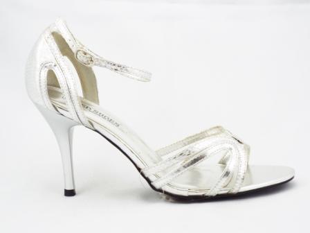 Sandale dama argintii, elegante , cu toc de 8 cm.