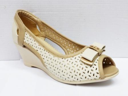 Sandale dama bej perforate, cu talpa ortopedica