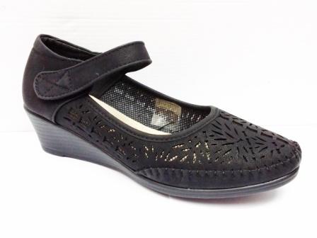 Sandale dama negre perforate, cu talpa usor ortopedica, deosebit de comode
