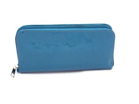 Portofel dama albastru din piele naturala lacuita, cu fermoar,bine compartimentat