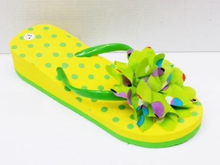Papuci dama galbeni cu verde ,de plaja, cu accesoriu tip floare