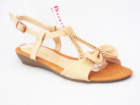 Sandale dama bej cu accesoriu auriu cu pietre tip swarovski
